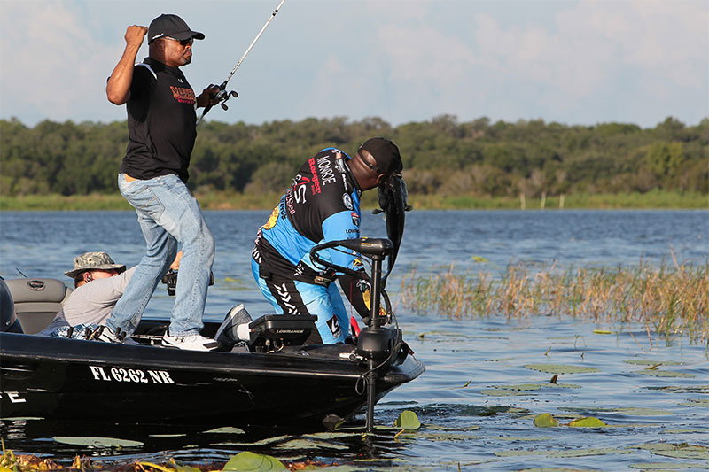 a-fishing-story-ronnie-green-kissimmee-5294-L